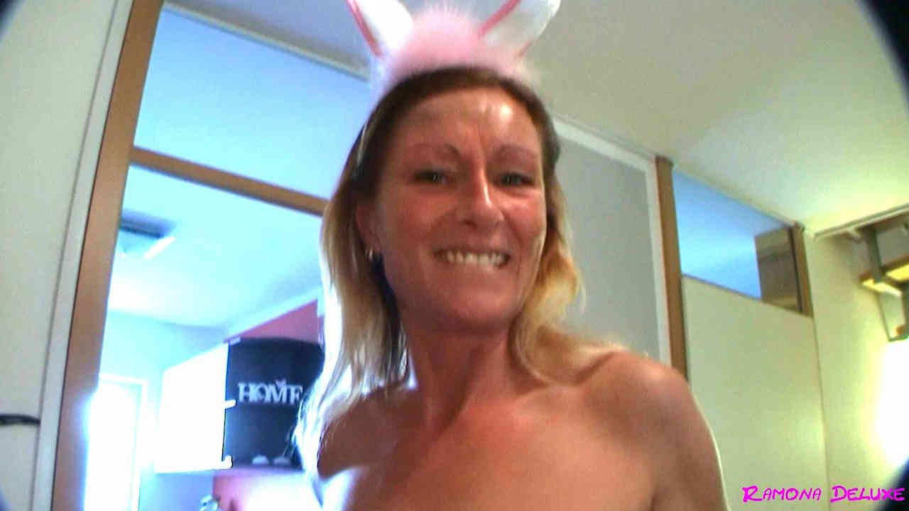 Porno: Nachhilfe vom Fickbunny mit Ramona Deluxe